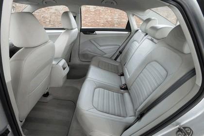 2011 Volkswagen Passat - USA version 54