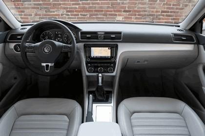 2011 Volkswagen Passat - USA version 55