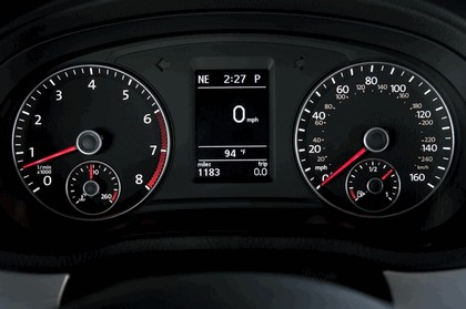 2011 Volkswagen Passat - USA version 56