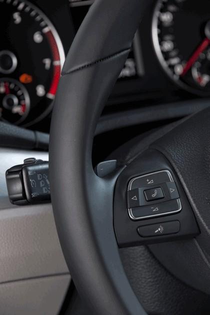 2011 Volkswagen Passat - USA version 57