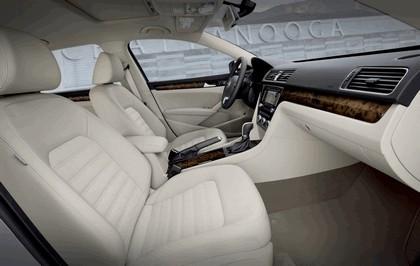 2011 Volkswagen Passat - USA version 61