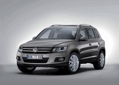 2011 Volkswagen Tiguan 1