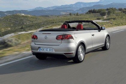 2011 Volkswagen Golf cabriolet 13