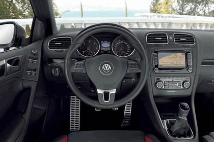 2011 Volkswagen Golf cabriolet 23