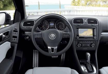 2011 Volkswagen Golf cabriolet 24