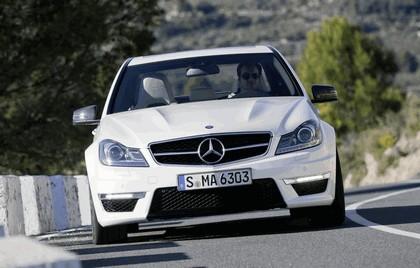 2011 Mercedes-Benz C63 AMG 12