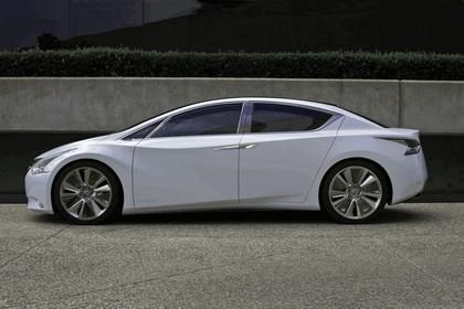 2010 Nissan Ellure concept 4