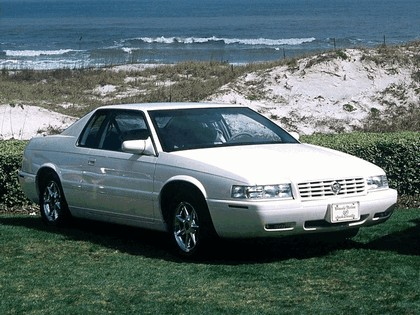 1995 Cadillac Eldorado Touring coupé 15