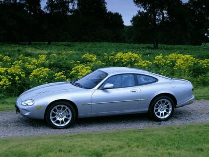1998 Jaguar XKR coupé 3
