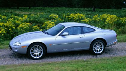 1998 Jaguar XKR coupé 4