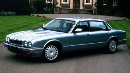 1994 Jaguar XJ6 ( X300 ) 3