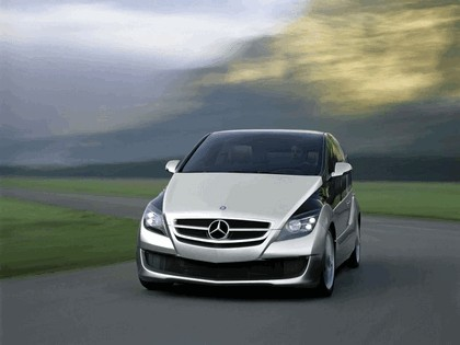 2005 Mercedes-Benz F600 HyGenius concept 1