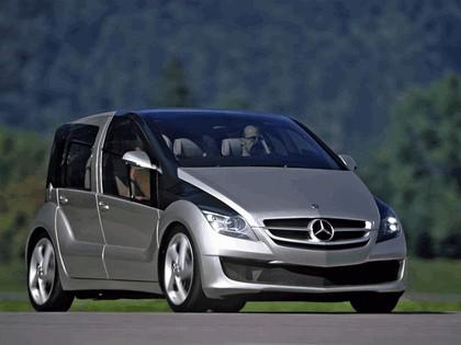 2005 Mercedes-Benz F600 HyGenius concept 10
