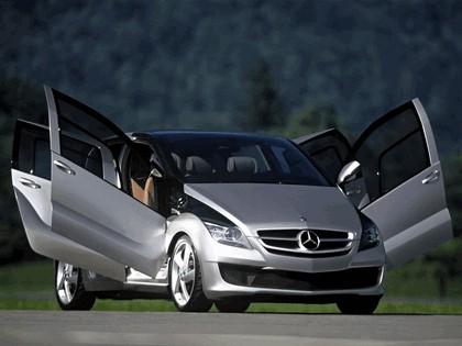 2005 Mercedes-Benz F600 HyGenius concept 11