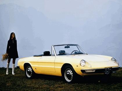 1970 Alfa Romeo Spider 4