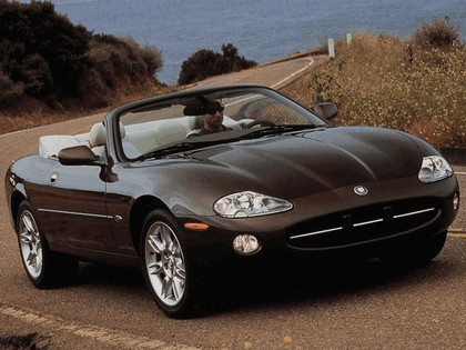 1996 Jaguar XK8 convertible 7