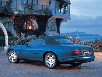 1996 Jaguar XK8 convertible 9