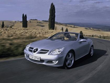 2005 Mercedes-Benz SLK 350 22