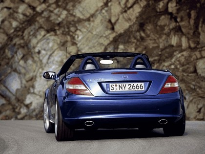 2005 Mercedes-Benz SLK 350 32