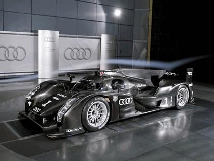 2011 Audi R18 17