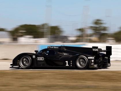 2011 Audi R18 21