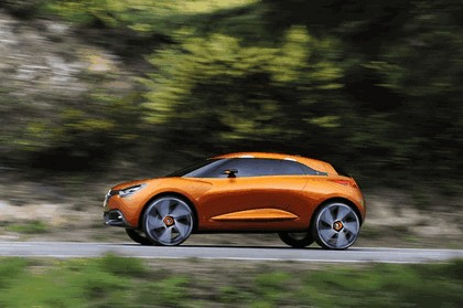 2011 Renault Captur concept 15