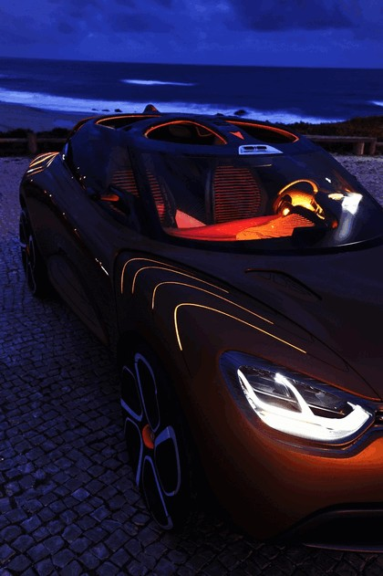 2011 Renault Captur concept 25
