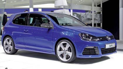 2011 Volkswagen Golf R Aplomb Blue 2