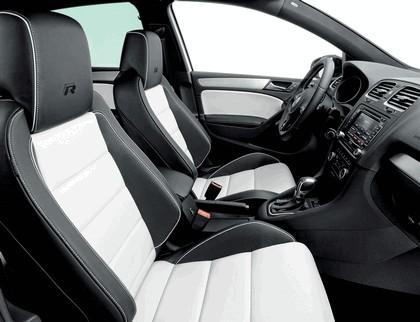 2011 Volkswagen Golf R Oryx White 2