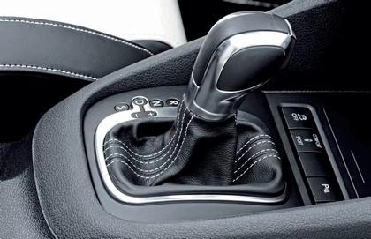 2011 Volkswagen Golf R Oryx White 3