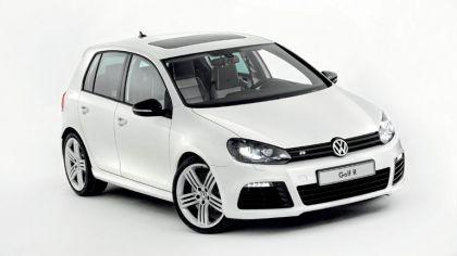 2011 Volkswagen Golf R Oryx White 4