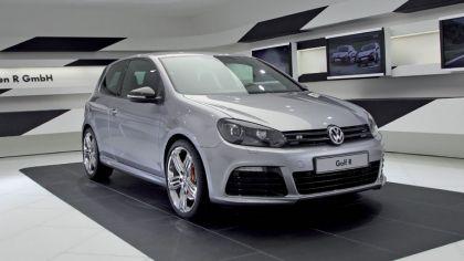 2011 Volkswagen Golf R Spacegrey 9