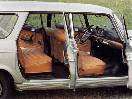 1960 Peugeot 404 Break 4