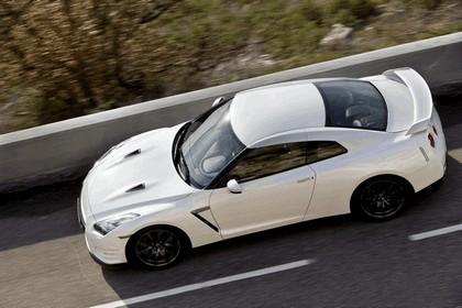 2011 Nissan GT-R ( R35 ) 32
