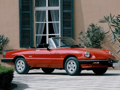 1983 Alfa Romeo Spider 1
