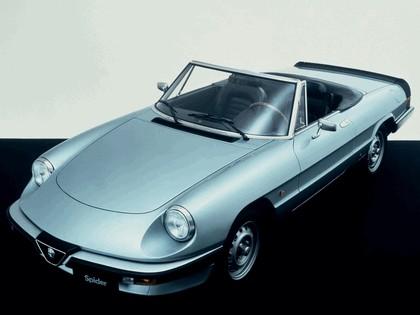 1983 Alfa Romeo Spider 4