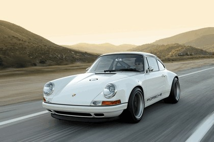 2011 Porsche 911 ( 993 ) by Singer 37