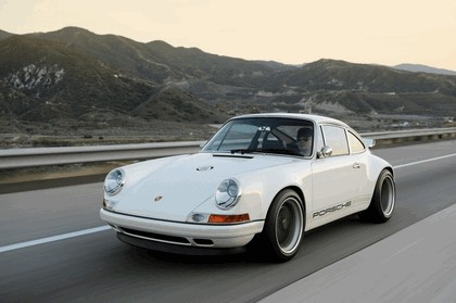 2011 Porsche 911 ( 993 ) by Singer 40