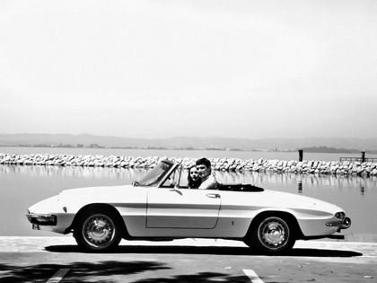 1966 Alfa Romeo Spider Duetto 8