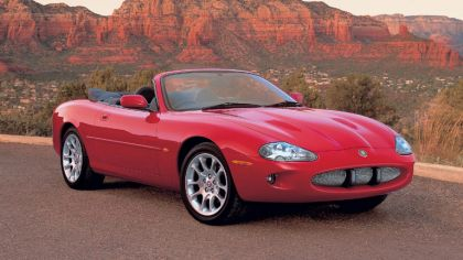 1998 Jaguar XKR convertible 2