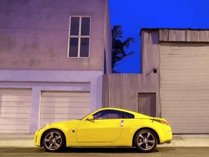 2004 Nissan 350Z 35th anniversary 3