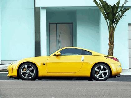 2004 Nissan 350Z 35th anniversary 9