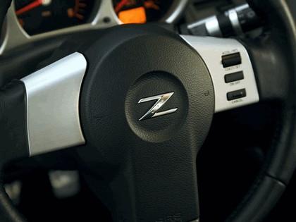 2004 Nissan 350Z 35th anniversary 26