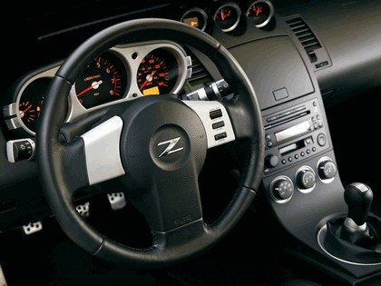 2004 Nissan 350Z 35th anniversary 27