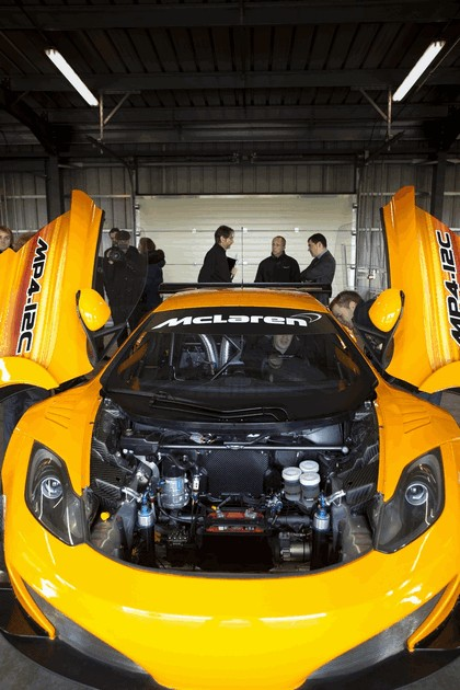 2011 McLaren MP4-12C GT3 10
