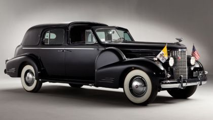 1938 Cadillac Sixteen V16 Series 90 Ceremonial Town Car by Fleetwood 2