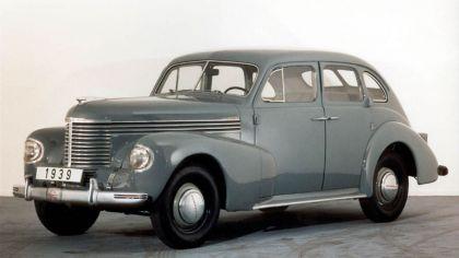 1939 Opel Kapitan 2
