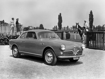 1954 Alfa Romeo Giulietta Sprint by Bertone 18