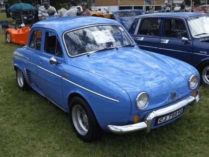 1956 Renault Dauphine 10