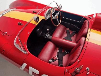 1957 Ferrari 500 TRC spider 14
